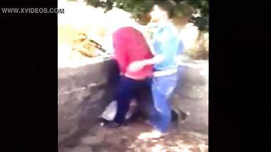 طالبة ثانوي تتناك من زميلها في طيزها خلف المدرسة Xxx أنبوب عربي